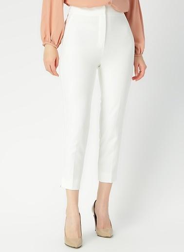 Random Pantolon Beyaz
